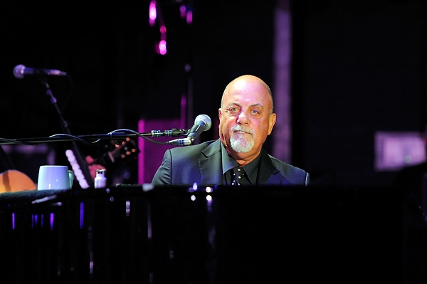 Billy Joel Announces 2014 U S Tour Residency At Madison Square Garden The Rock Revival