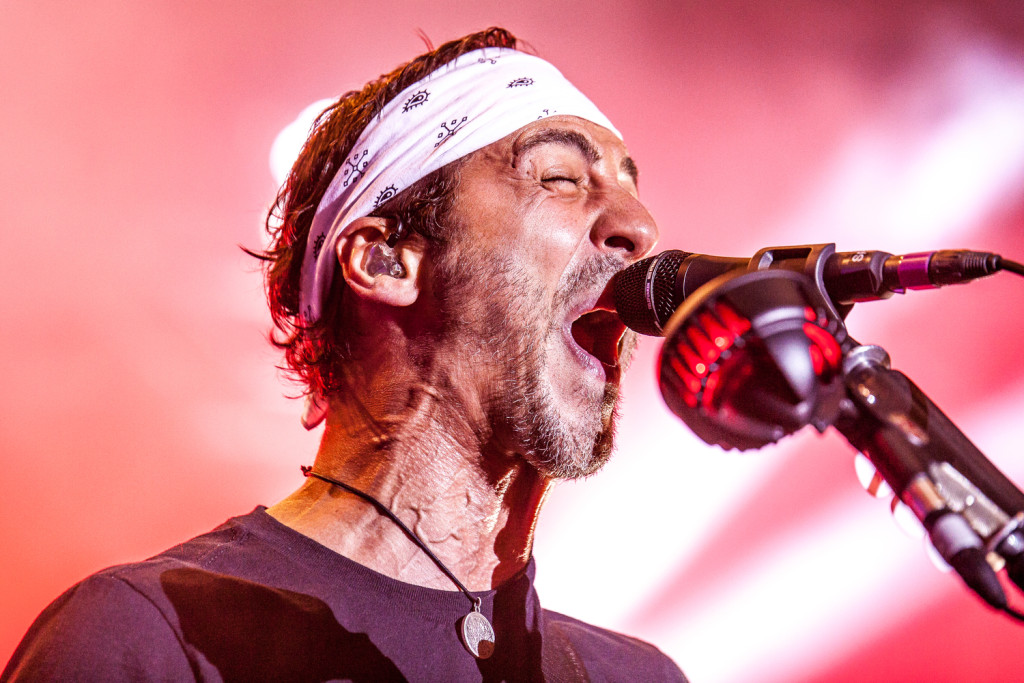 Sully Erna performing with Godsmack in 2015 [© Matt Bishop Photo]