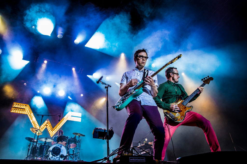 weezer iheart radio music awards