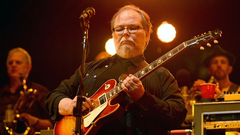 Walter Becker, guitarist and co-writer for Steely Dan, dead at 67
